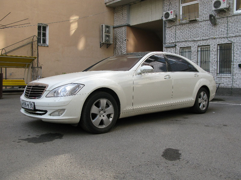 mercedes benz s class w221 long 2400. Black Bedroom Furniture Sets. Home Design Ideas