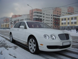 Прокат и аренда Bentley Continental Flying Spur