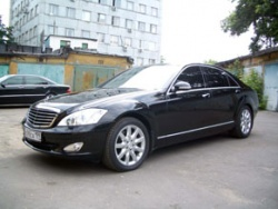 Прокат и аренда Mercedes-Benz S-class W221 long