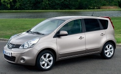 Nissan Note AT